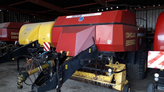 NEW-HOLLANDBB 960